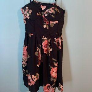 BNWT Large Black Floral Spaghetti Strap Dress